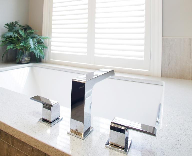 Mirrored Medicine Cabinets